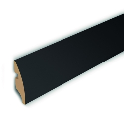 hdm-uma-rundsockelleiste-black-superglanz