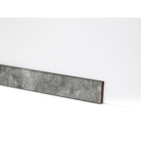 EQUIPPED - 2121 / Sockelleiste 58mm